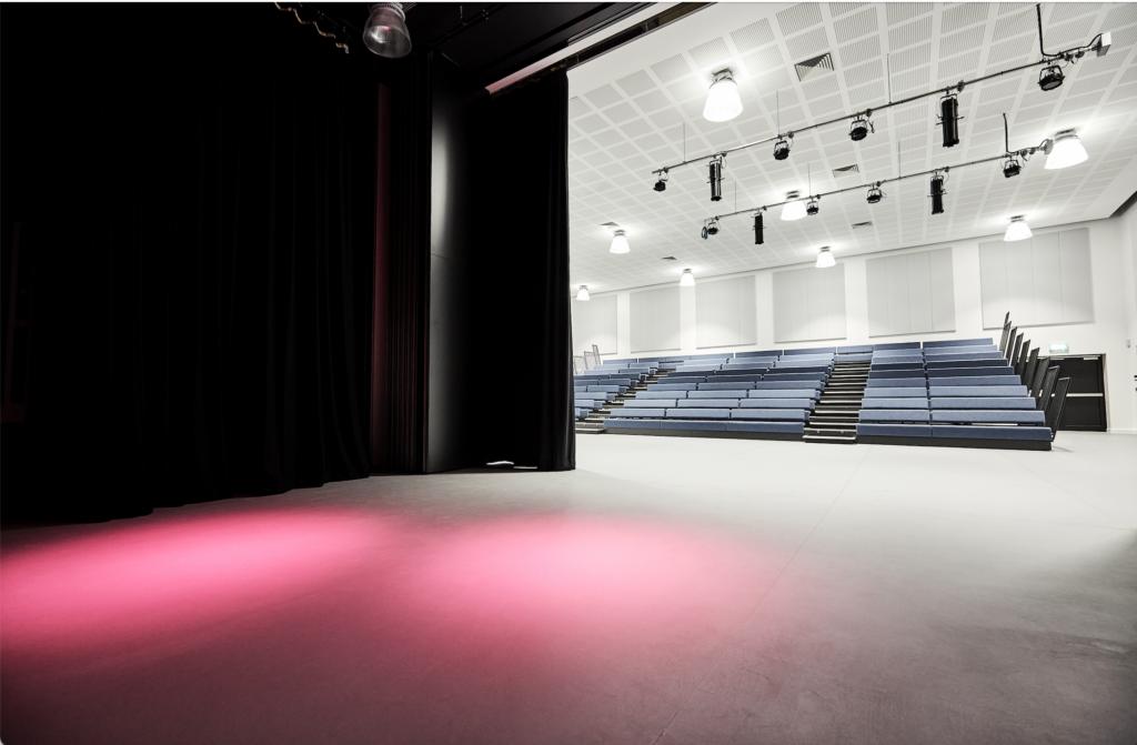 Ark Soane School – theatre